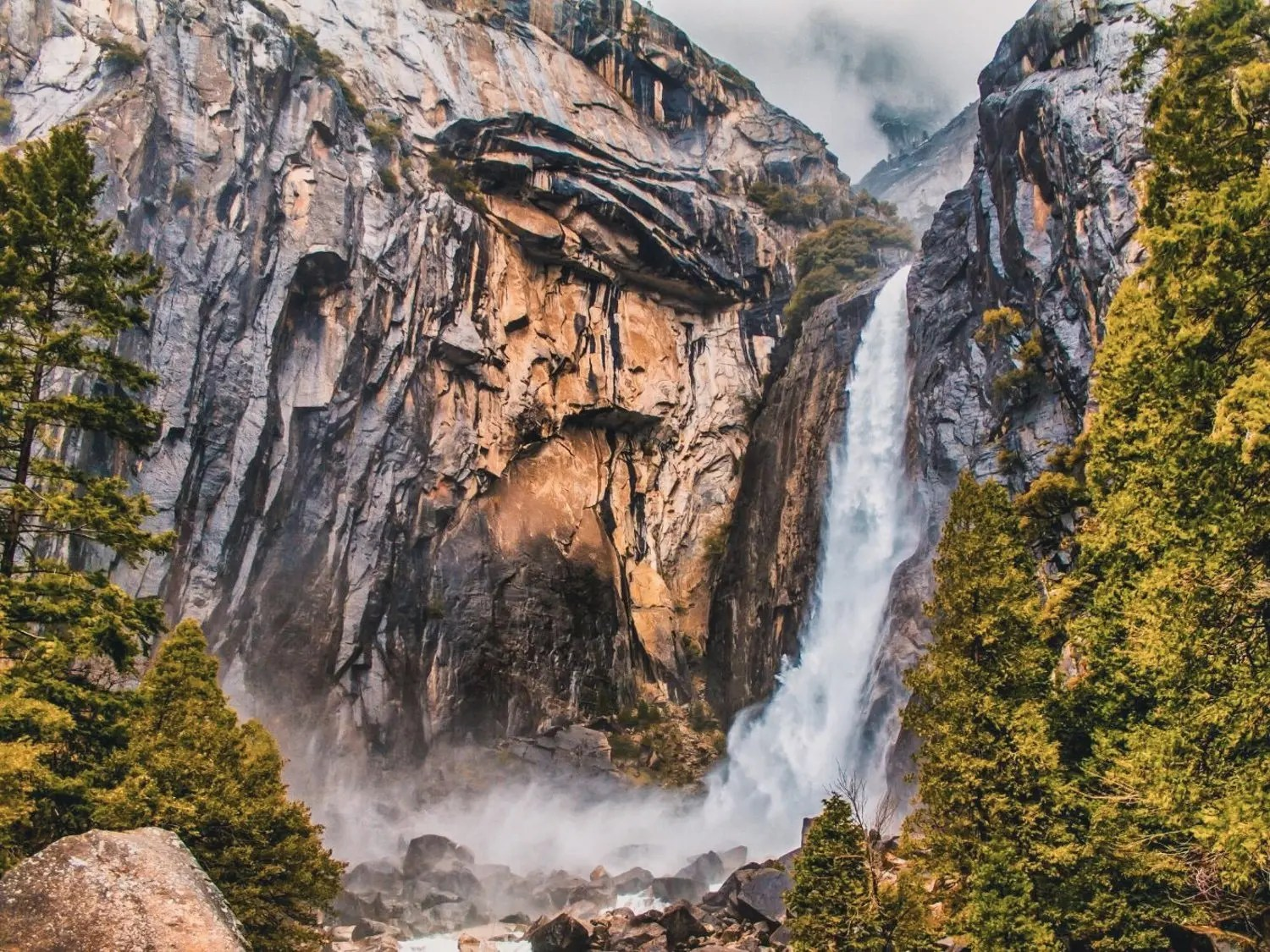 Lower Yosemite Fall The Ultimate Guide To Yosemite National Park