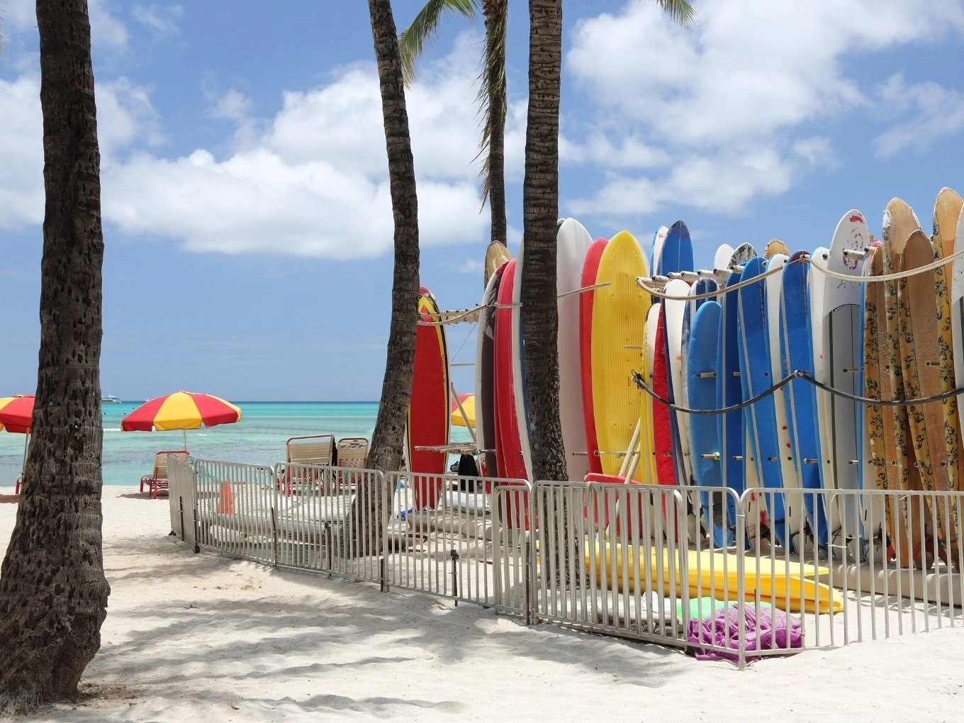 Lodging & Dining In Oahu