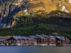 Lodging & Dining In Glacier National Park