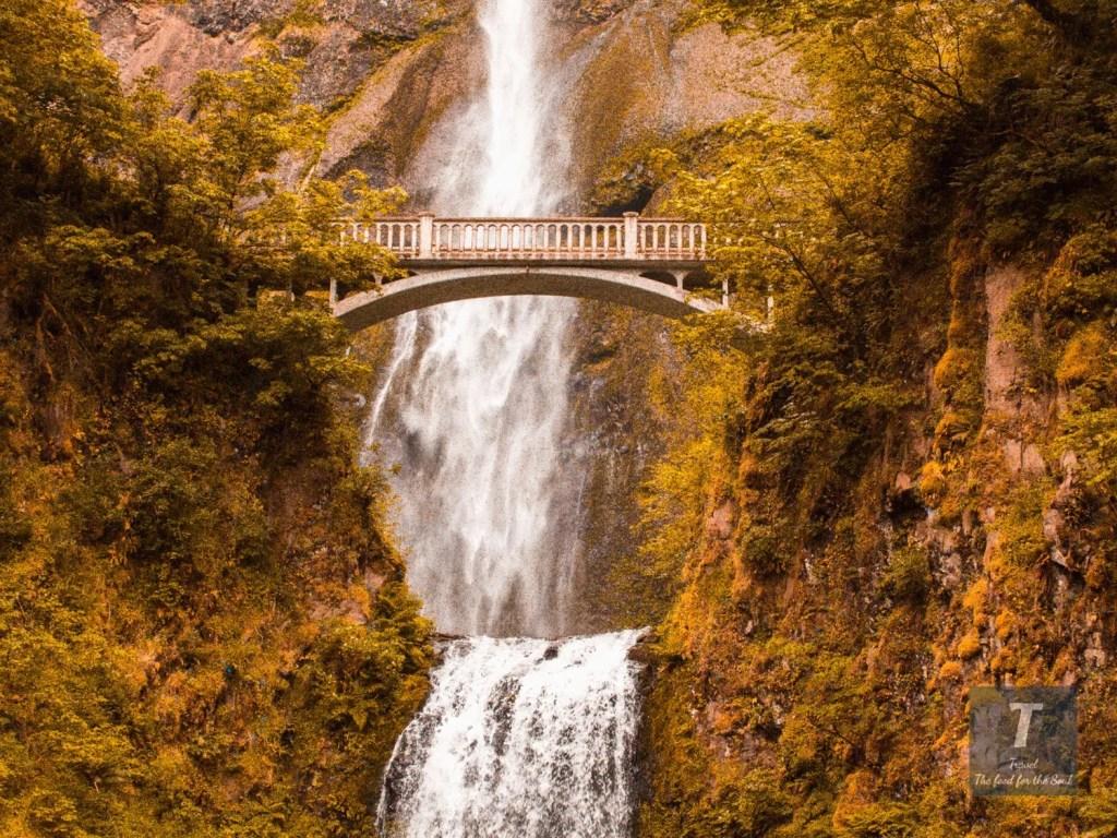 Multnomah Falls Oregon | Multnomah Falls Travel Guide