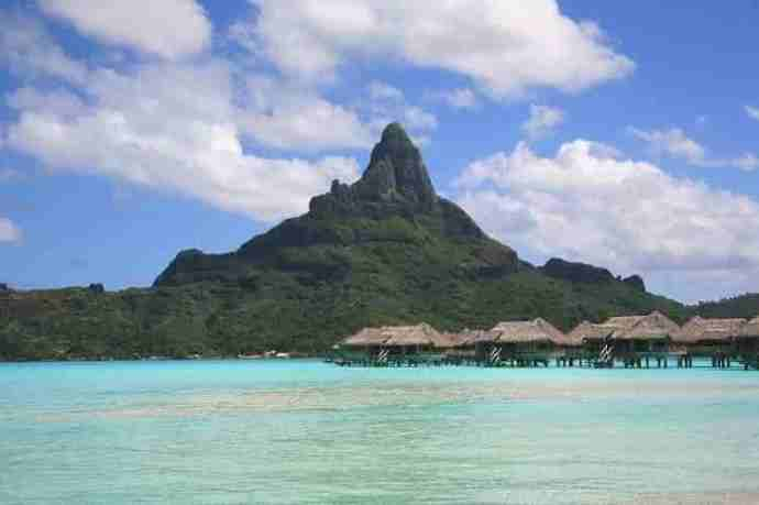 Five destinations in the South Pacific where you can travel and find therapy on holiday.