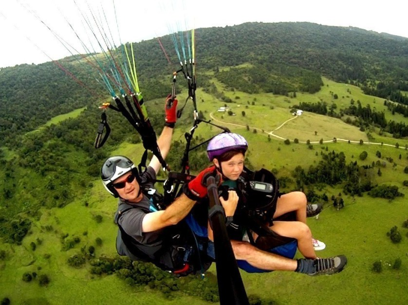 tandem paragliding queensland