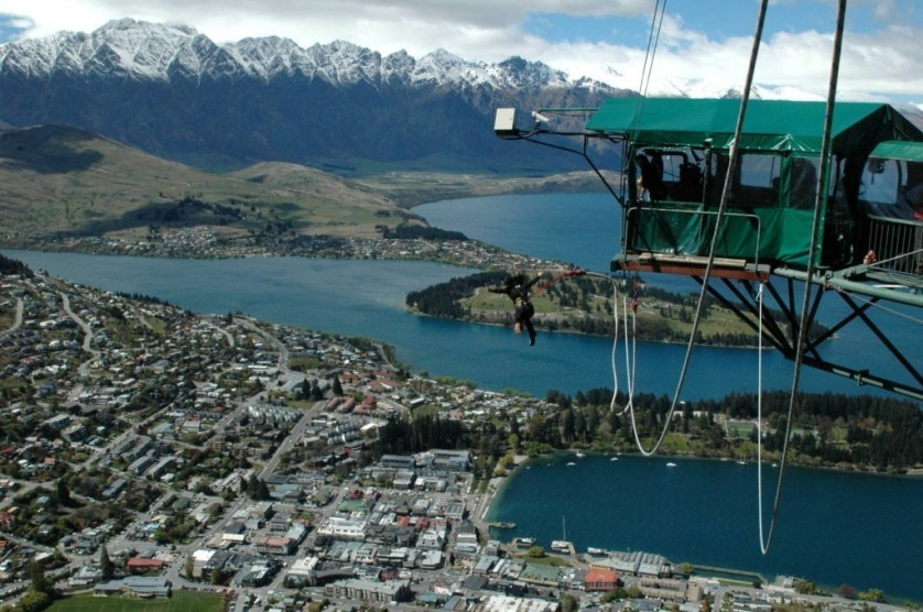 bungee jumping queenstown