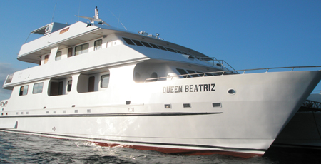 Galapagos Tour – 5 Nights And 3 Nights Queen Beatritz Yacht Cruise