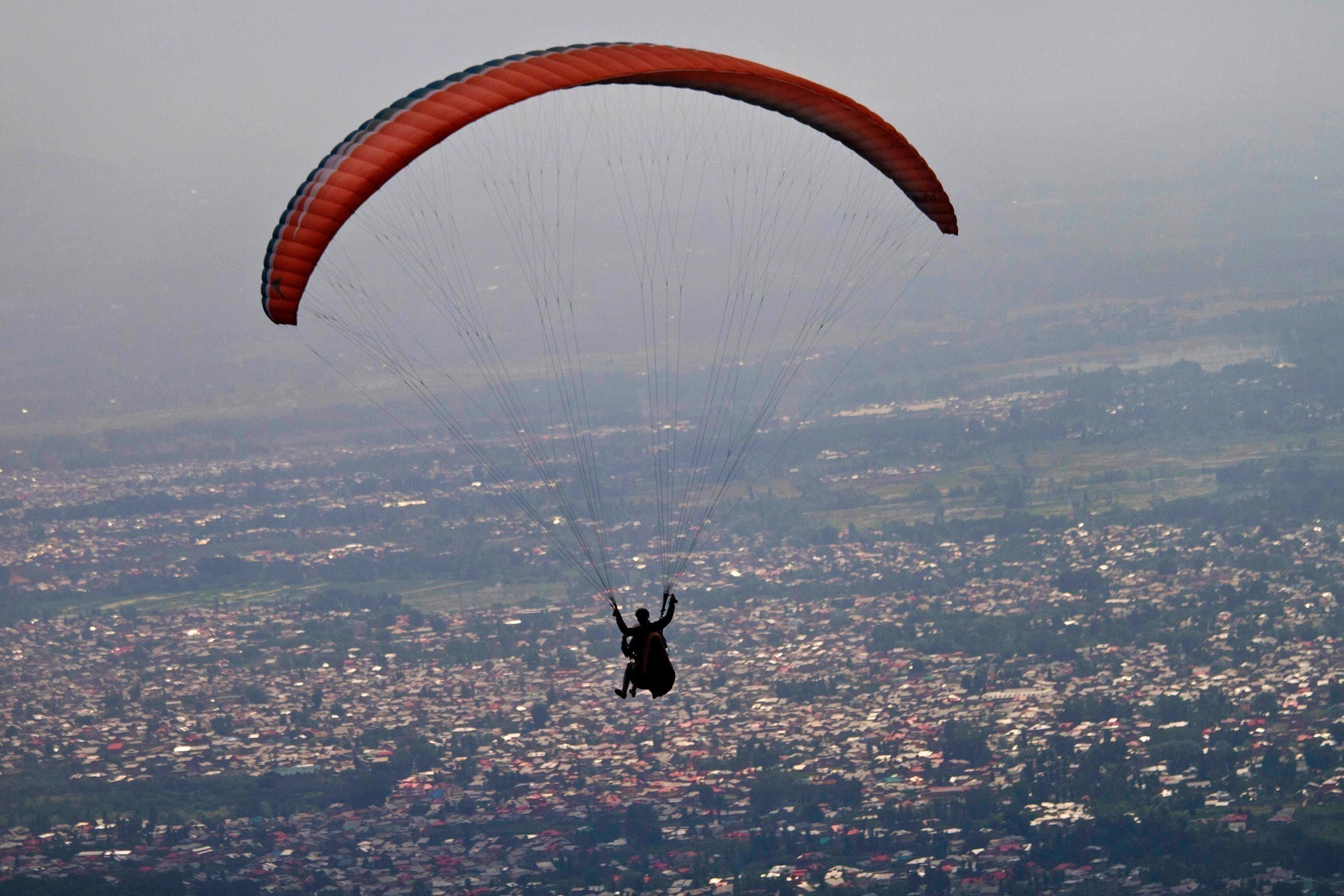 8 Indian Destinations For Exciting Paragliding Adventures
