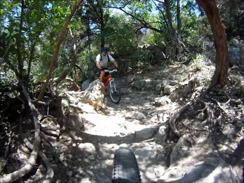 hiking-and-biking-at-barton-creek-greenbelt