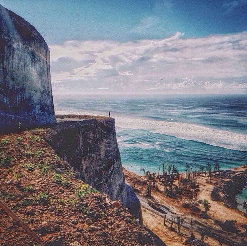 the-high-cliff-at-melasti-beach