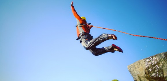 Thrilling Bungee Jumping In USA