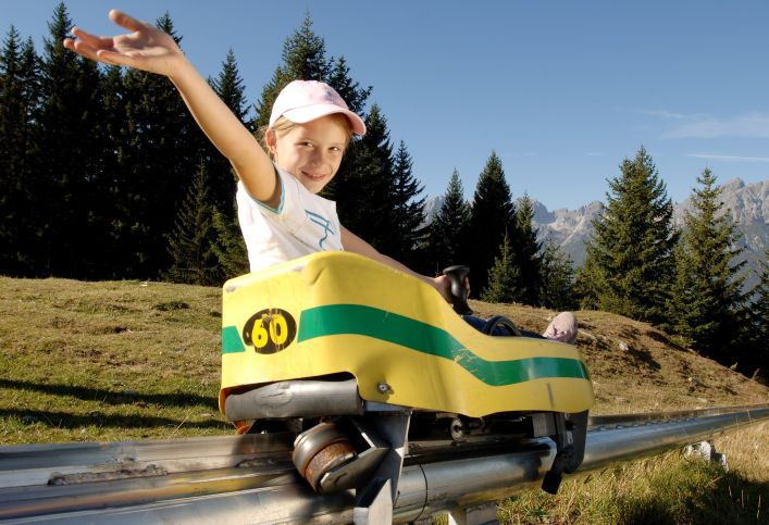 Alpine Coaster at the Serles lift in the Stubai in summer. © Serlesbahnen Mieders.