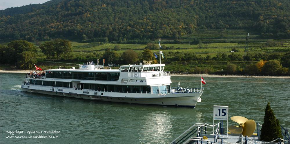 Danube pleasure cruise