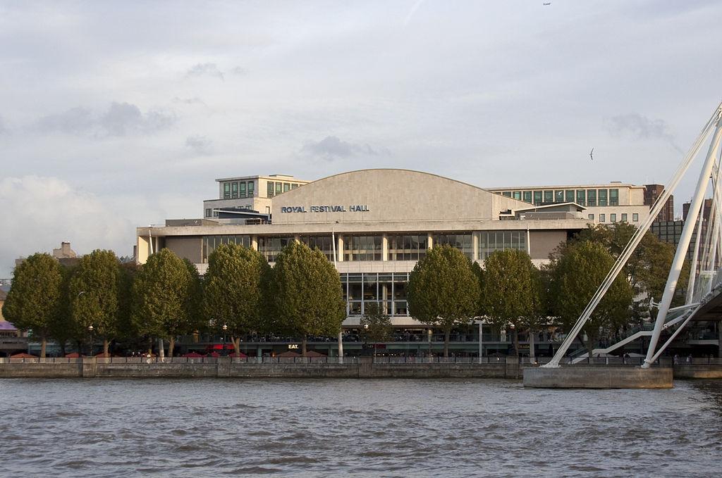 The Royal Festival Hall By Tony Hisgett [CC BY 2.0], via Wikimedia Commons