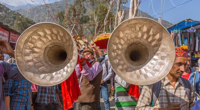 Folk instruments make their presence felt in Kullu Dussehra - Gods' Own Get-Together