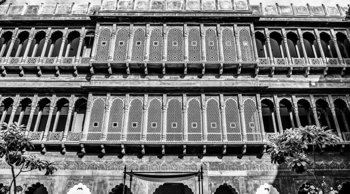 Facade of Narendra Bhawan Bikaner – An Ideal Haveli