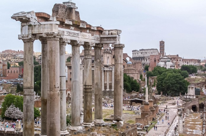 Roman history dates back to 753 BCE, but, according to archeological evidence, humans have lived in the city for the last 14,000 years. So much so the 1st-century BCE Roman poet Tibullus called it an eternal city. - Rome Was Not Built in a Day - Travelure ©