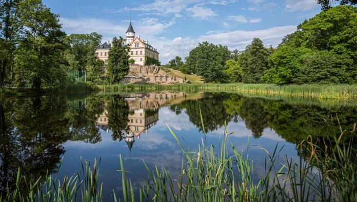 Radun Chateau - A Not-So-Royal Residence - Travelure ©