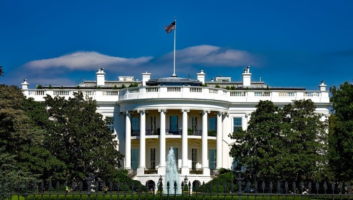 white house - tourist attractions in America