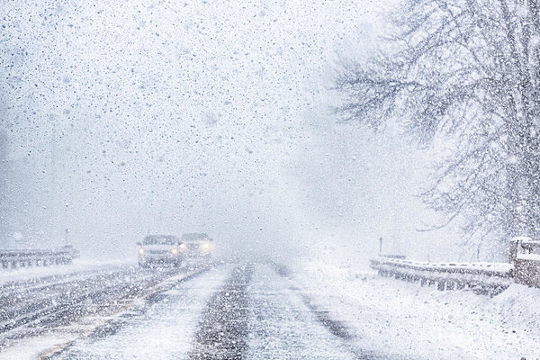 It sows in canada - snow squal driving, Ontario