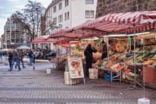 Street market in Nuremberg, Germany