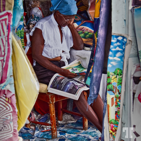 The art vendor - Bocal del Toro, Panama