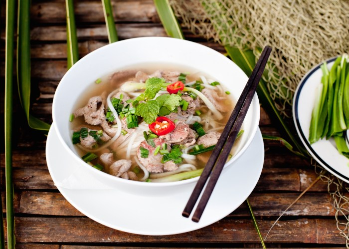 Vietnam Cuisine, cheap flights, direct flights to vietnam,last minute flights,