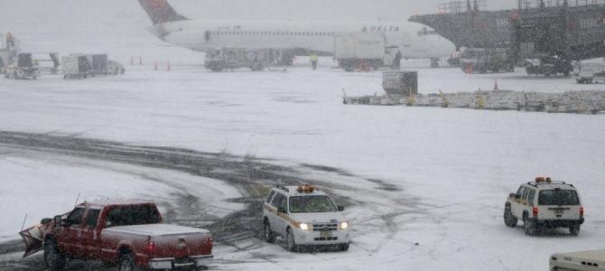 Snowfall In United Kingdom Disturbs Everything