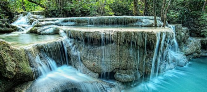 Top 3 Waterfalls to Visit in Asia