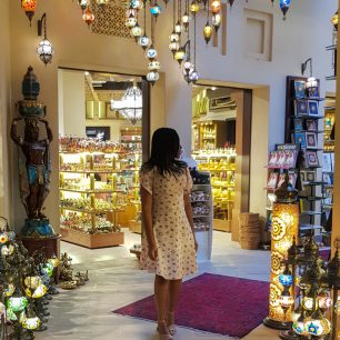 what to pack for a trip to Dubai