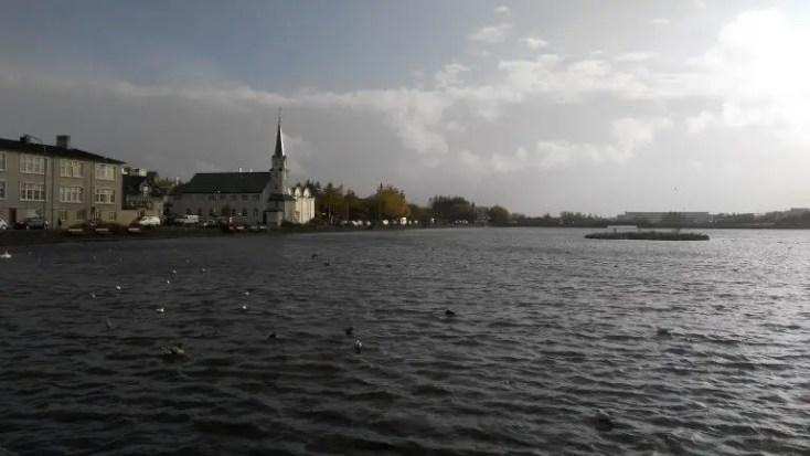Lacul Tjornin, Reykjavik