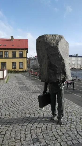 Corporatistul anonim, zi în Reykjavik
