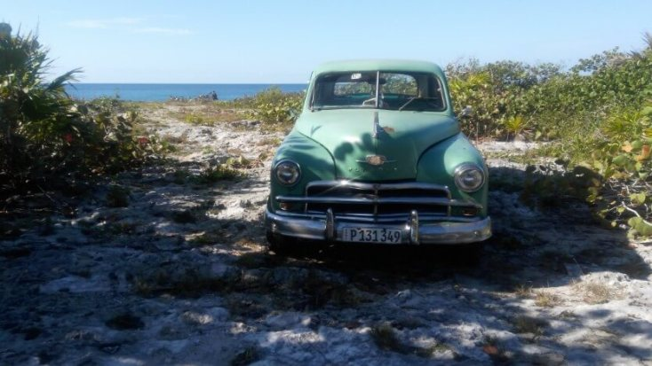 Vintage car of the fishermen we met on the way to Caleta Buena