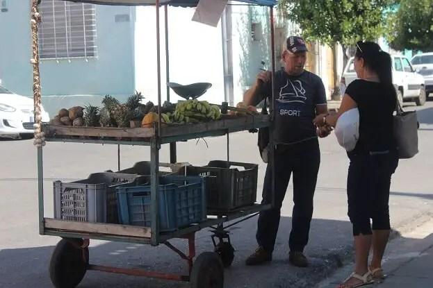 Street seller Cuba