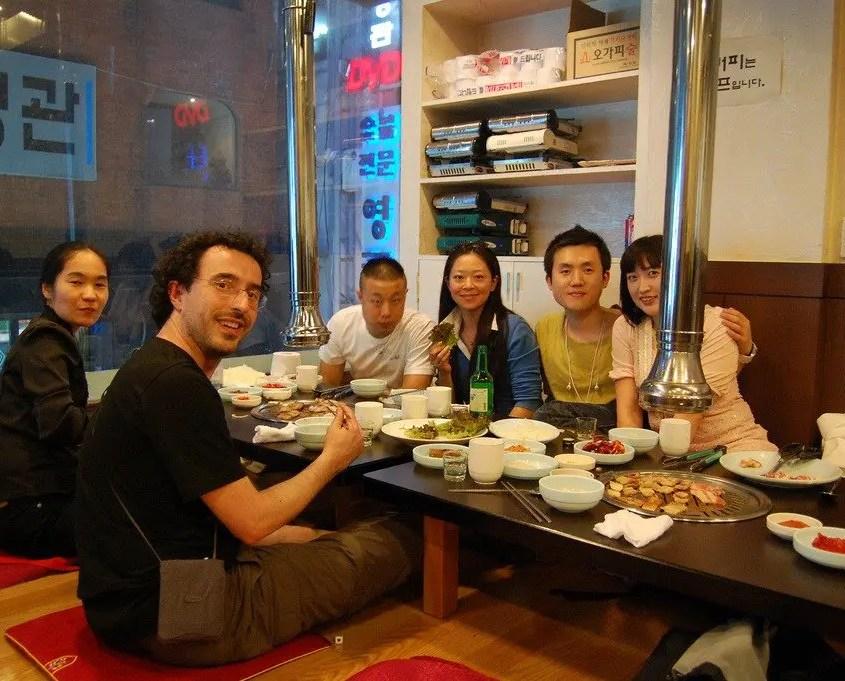 Gabri e gli amici coreani a cena