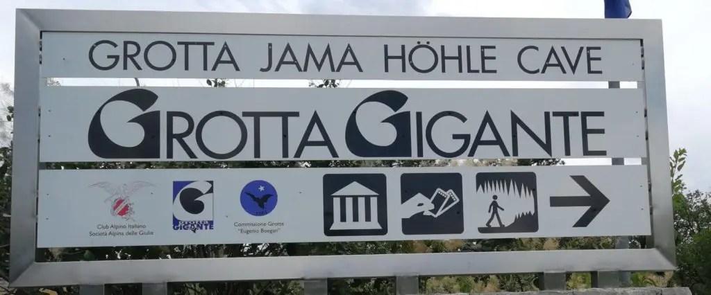 Ingresso della grotta Gigante
