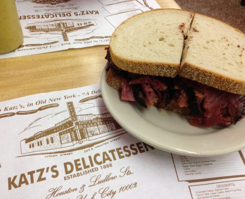 pastrami di kats delicatessen a New York