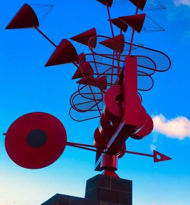 lanzarote scultura vento rossa