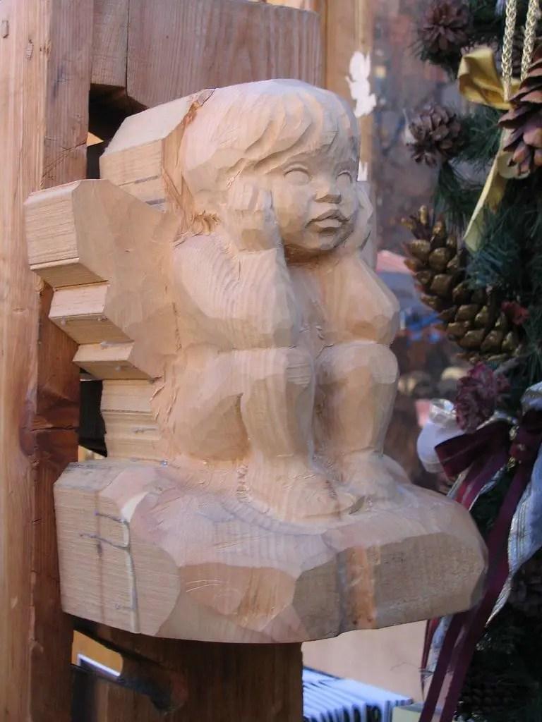 legno scolpito ai Mercatini di Natale