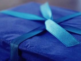 Pacco regalo blu