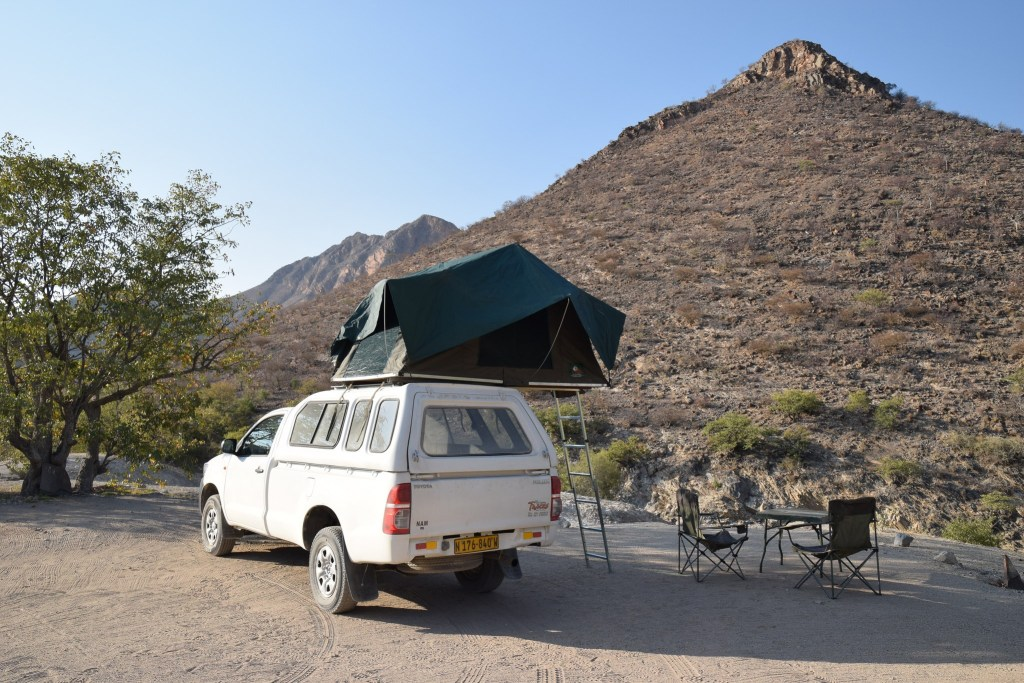 Rooftop Tent opened