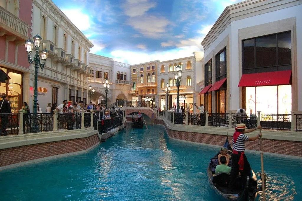 Gondole dentro il Venetian