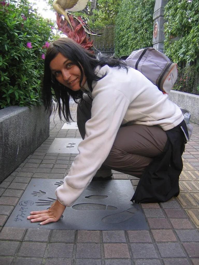 Walk of Fame davanti al museo di Osamu Tezuka