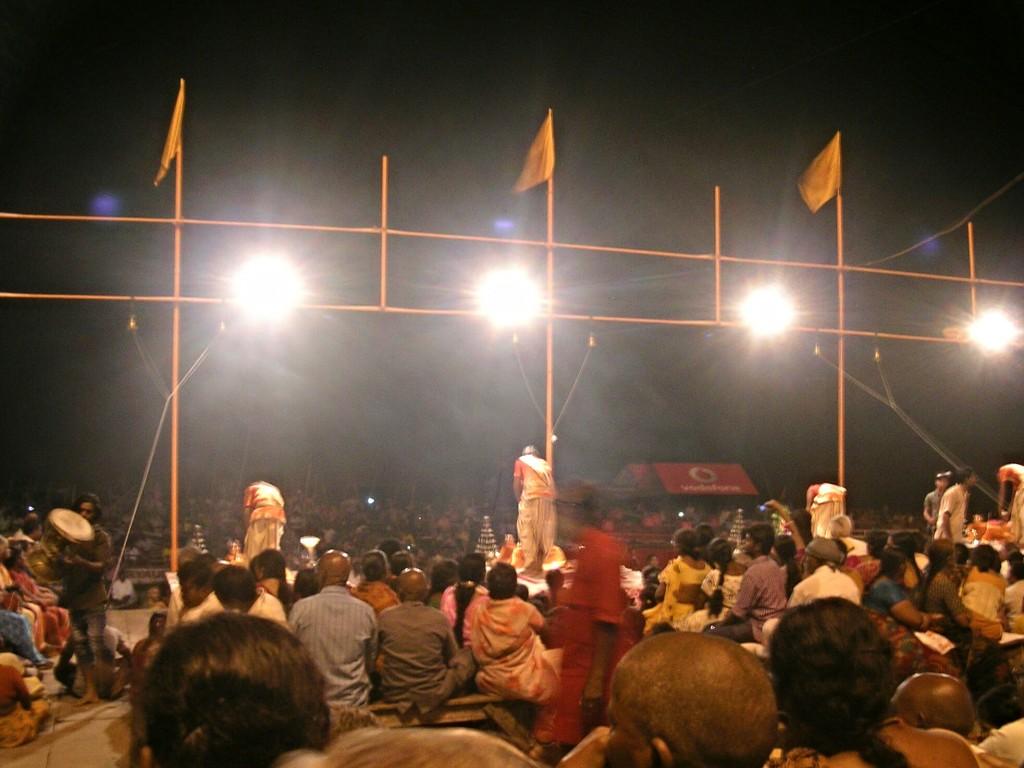 Zeremonie am Dashaswamedh Ghat in Varansi