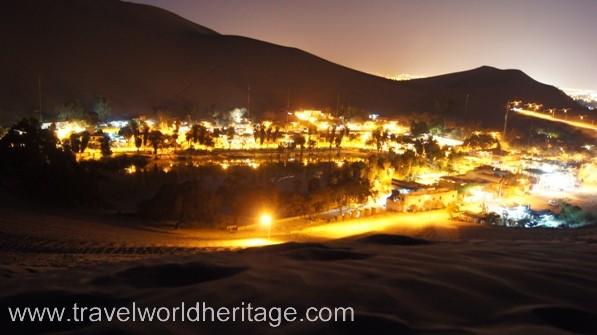 Huacachina at night