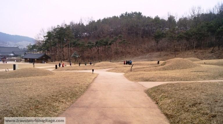 Baekje Cultural Complex Buyeo Tombs 2