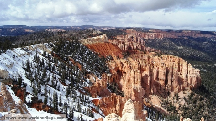 The Hoodoo Amphitheater of Bryce National Park 2 - American roadtrip