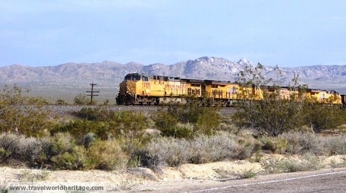 Union Pacific Mojave Desert - road trip