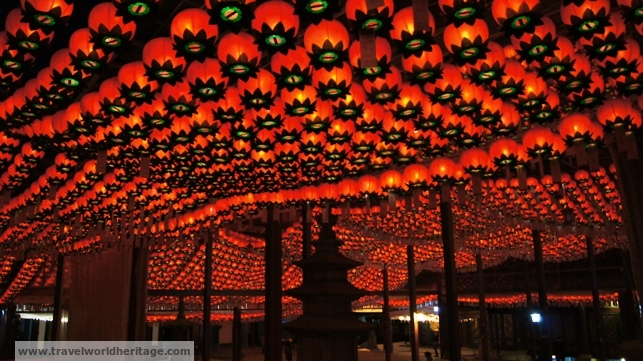 In front of the main hall of the temple is this incredible roof of lanterns.