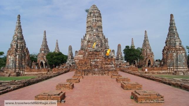 Ayutthaya Wat Chiwatthanaram - Fun Facts