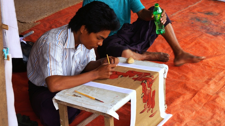 Sand paintings in Bagan