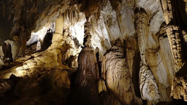 Lang Cave Gunung Mulu NP