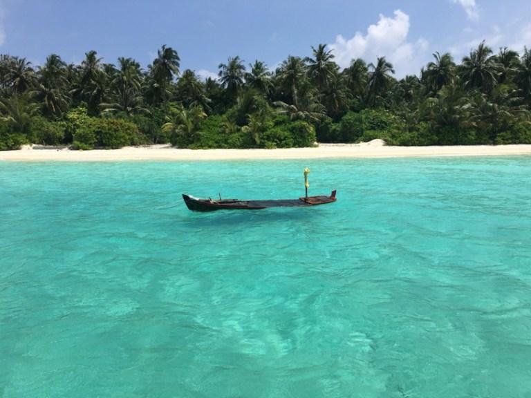 Dhigurah Boat